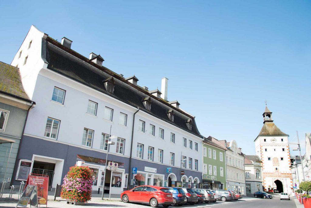 Malerei Gstöttner Timelkam - außen Malerarbeiten Stadt Vöcklabruck